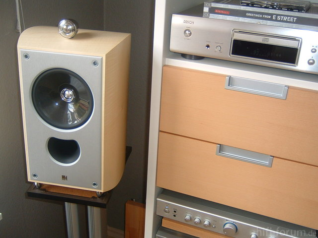 RA-04 An KEF XQ One