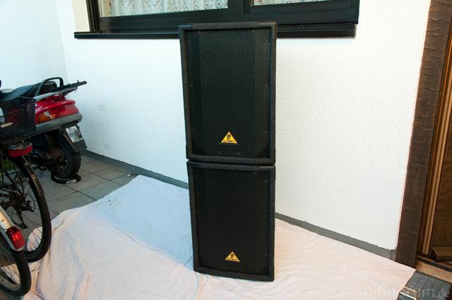 Behringer Boxen 8