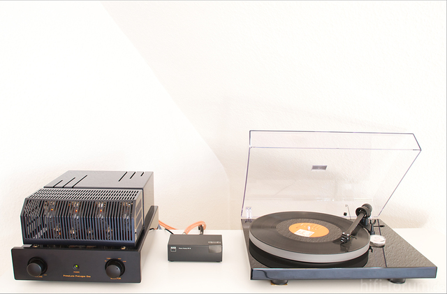 Pro-Ject Debut III An Primaluna Prologue One + NAD 2ppi
