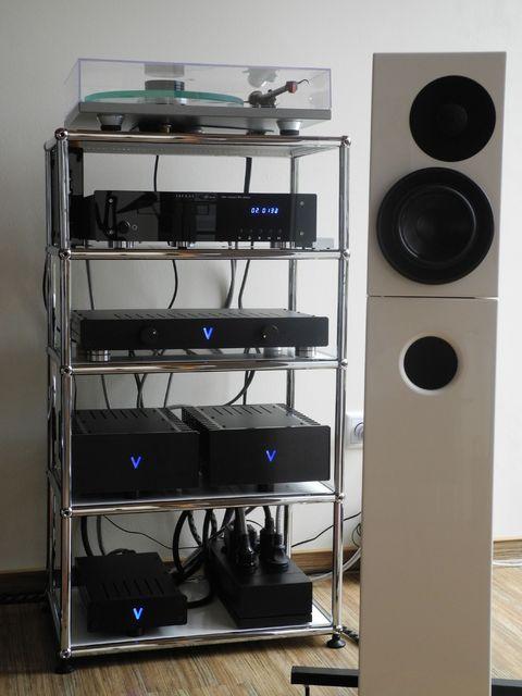 hifi rack racks lowboards ls st nder aufbewahrungssysteme hifi forum. Black Bedroom Furniture Sets. Home Design Ideas