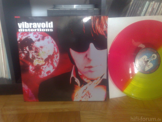 VIBRAVOID DISTORTIONS LIMITED EDITION FARBIGES VINYL