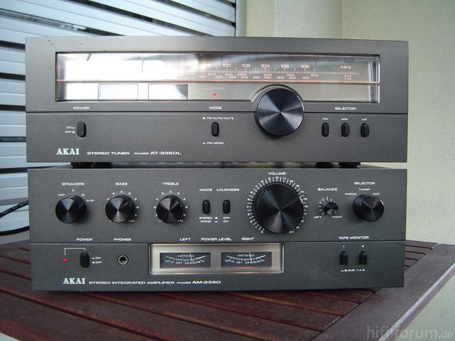 AKAI AM-2350 & AT2250L