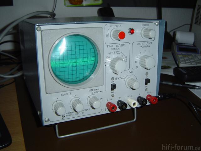 Oszilloskop YiZREEL 02.jpg