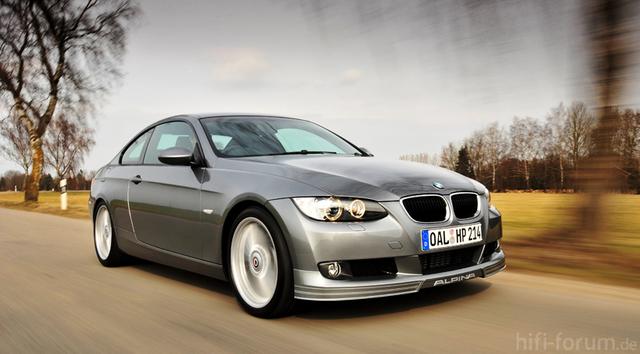 Http://www.topcarpics.com/wp-content/images/2010/12/BMW-330d-Coupe-1.jpg