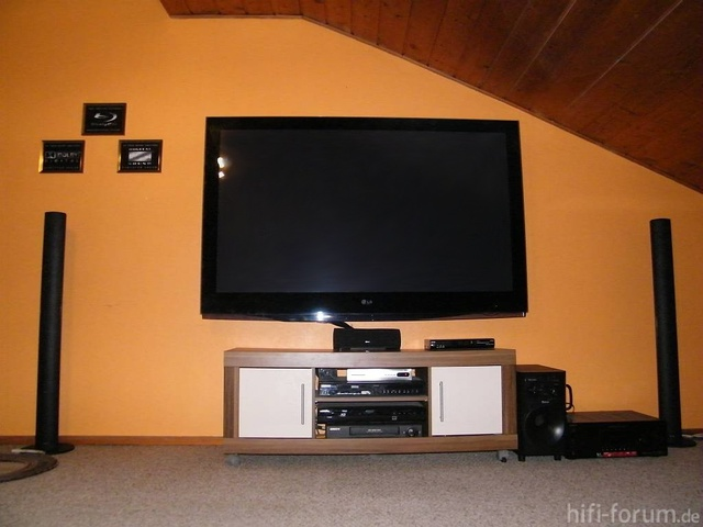 Tv 76182
