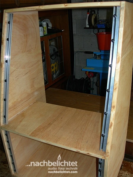 19 rack selber bauen. Black Bedroom Furniture Sets. Home Design Ideas