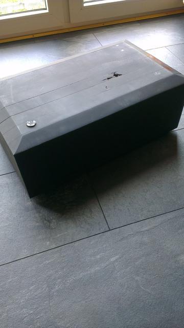 centerspeaker st nder aus lackiertem holz schwer zubeh r sonstiges hifi forum. Black Bedroom Furniture Sets. Home Design Ideas