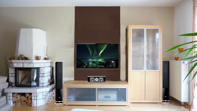 Panasonic-TV+Canton-LS