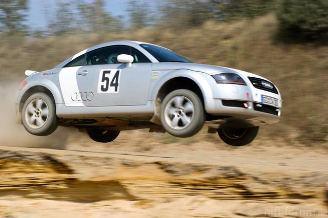 Audi TT Im Flug A19390642