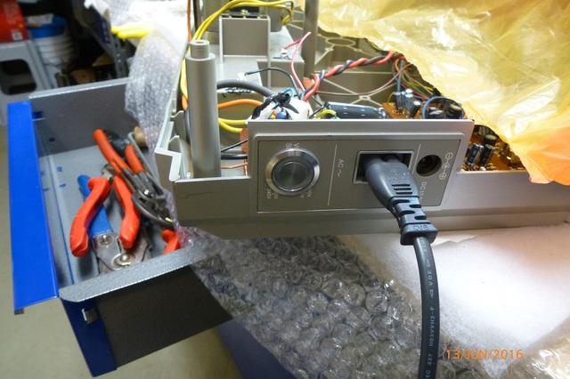 02 AIWA CS-880 Netzschalter ausgeschaltet
