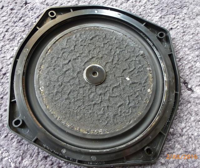 02 AIWA CS-880 Reparierte Passiv Membran von hinten klein