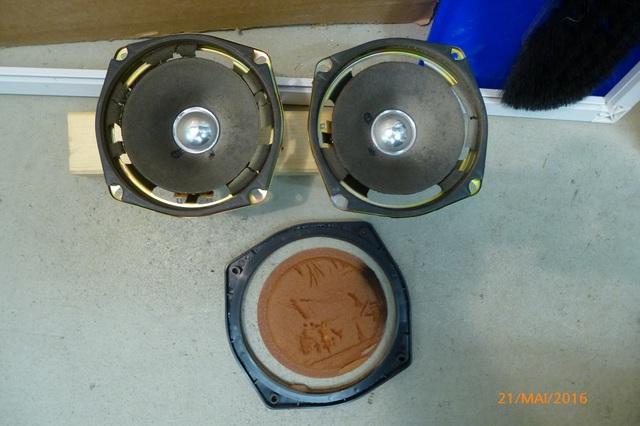 04 AIWA CS-880 Lautsprecher und Passivmembran