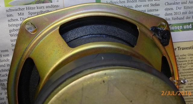 04 AIWA CS-880 reparierte Lautsprecher von hinten klein