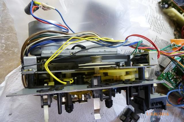 10 AIWA CS-880 Laufwerk mit neuen Riemen und neuen Motor