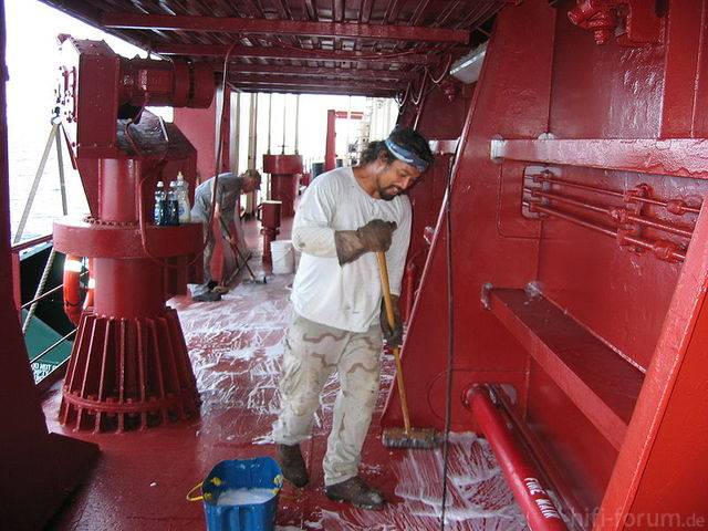 800px Ordinary Seamen Swabbing Deck
