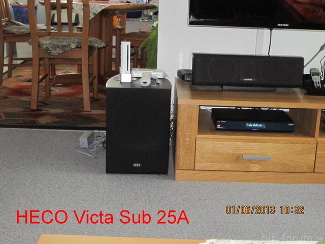 Heco Victa Sub 25A steht nach hinten offen zum Esszimmer