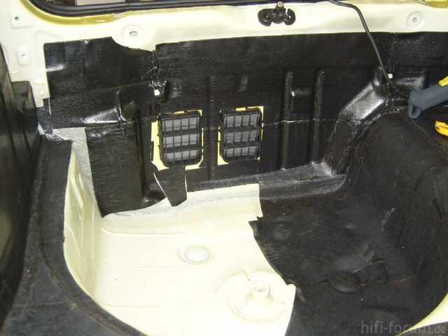 Reserveradmuldenausbau Ibiza 6L - Bitumisierung 10