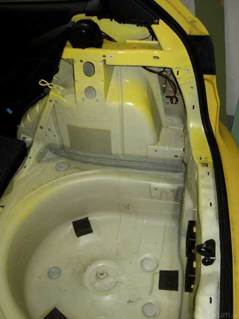Reserveradmuldenausbau Ibiza 6L - Bitumisierung 2