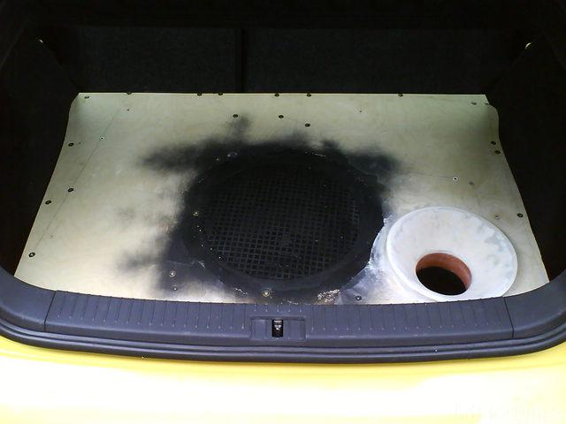 Reserveradmuldenausbau Ibiza 6L - Herstellung Abdeckplatte 144