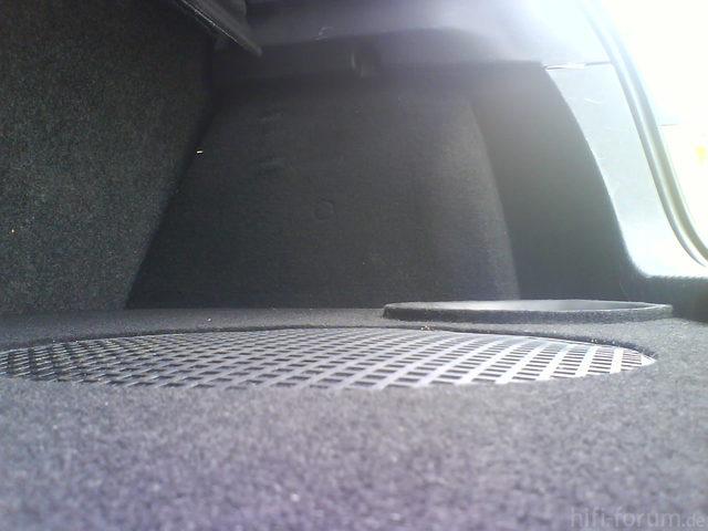 Reserveradmuldenausbau Ibiza 6L - Herstellung Abdeckplatte 170
