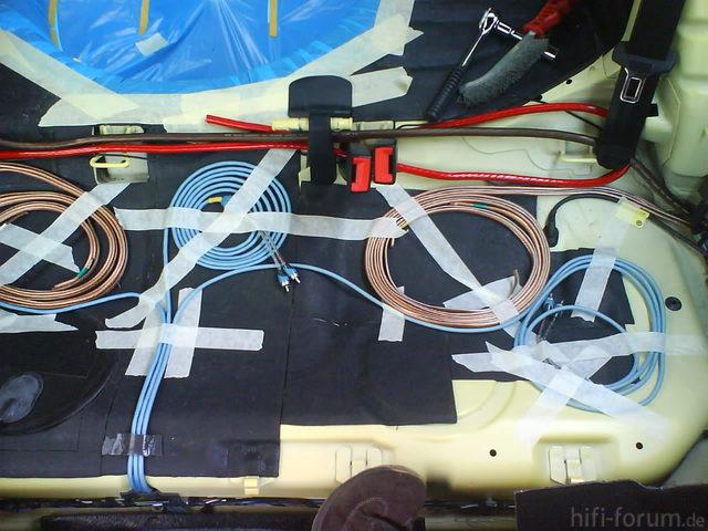 Reserveradmuldenausbau Ibiza 6L - Kabelage 38