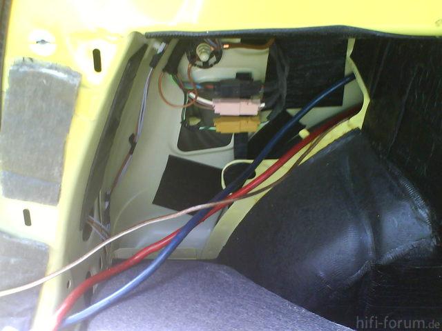 Reserveradmuldenausbau Ibiza 6L - Kabelage 71