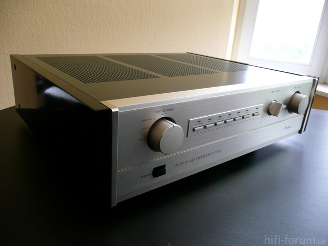 Accuphase C-202 - 1