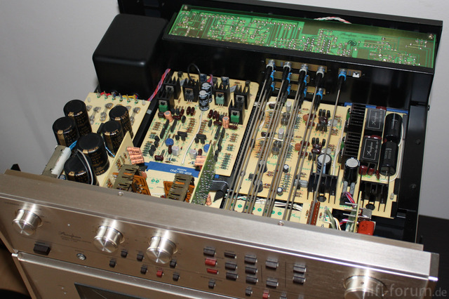 Accuphase C 230   01