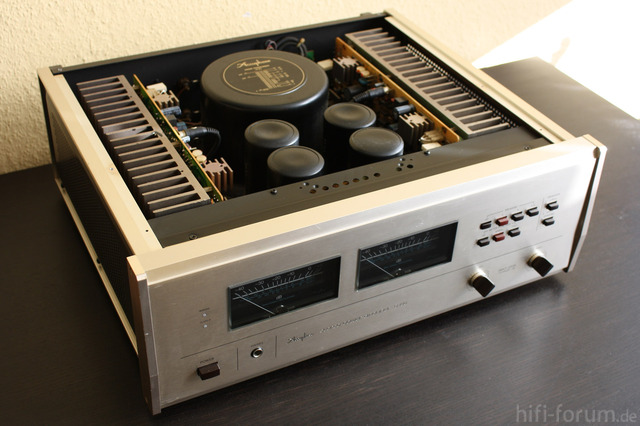 Accuphase P 266   05