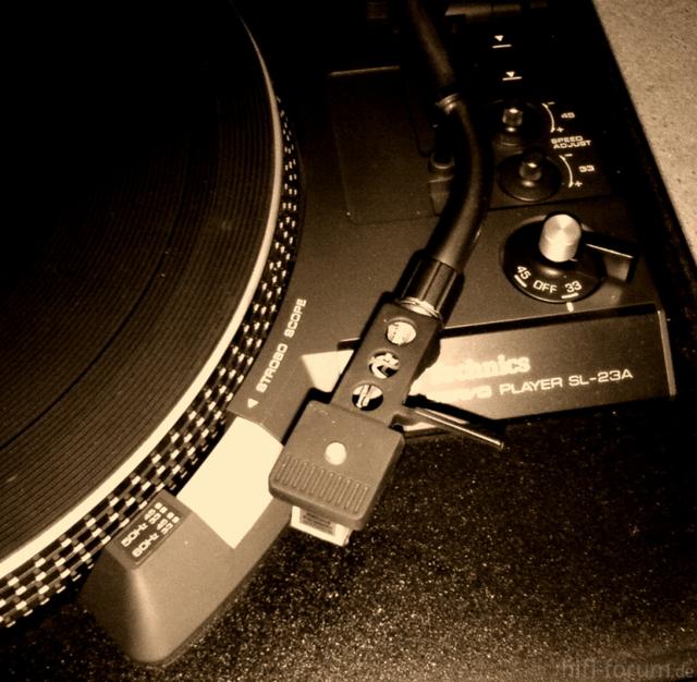 Technics SL 23A