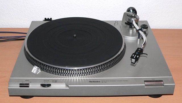 Technics SL-D 2 mit Philips GP 401