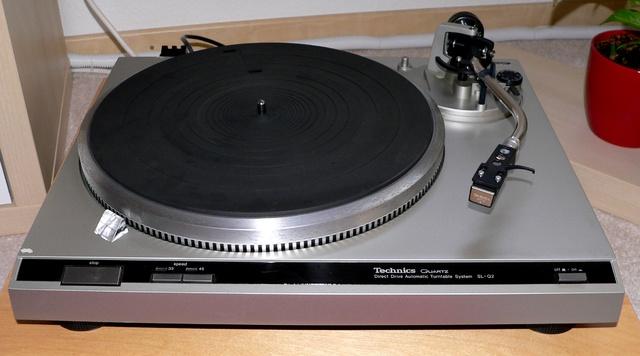Technics SL-Q 2 mit 207 C - 01