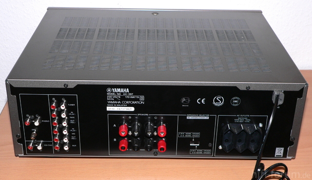 Yamaha AX 397 Rückseite