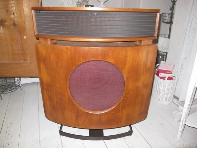 BW,DM70 Pioneer Spec2 001