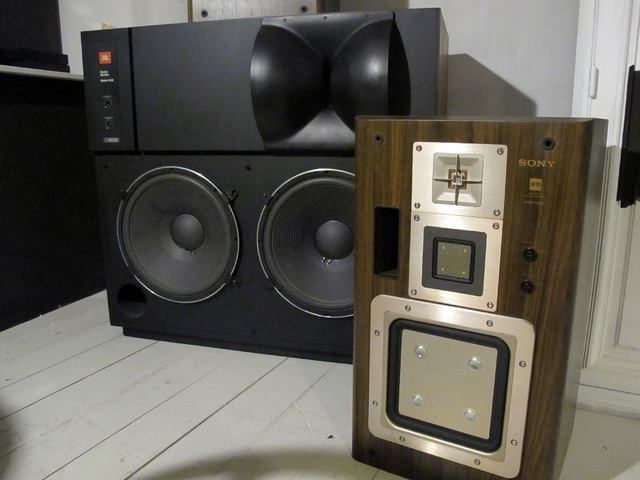 Sony APM-66ES 023