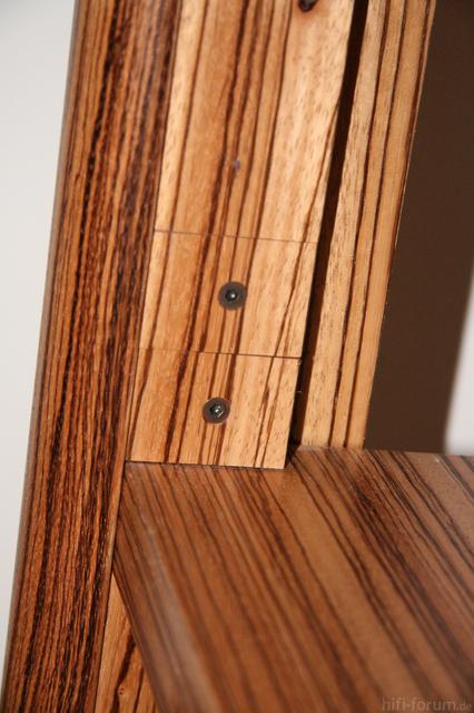 Rack Detail 1