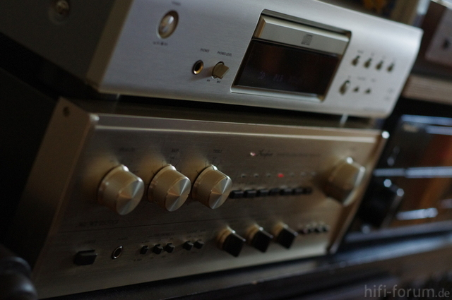 Accuphase E 205