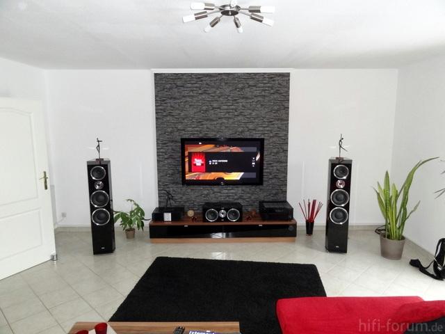 Halliges Wohnzimmer Sucht Neue Tieftner Mit Bildern Subwoofer