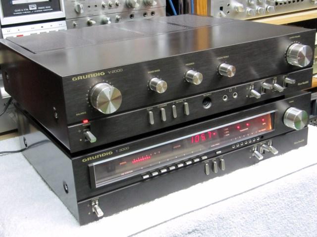 Grundig V2000/T3000