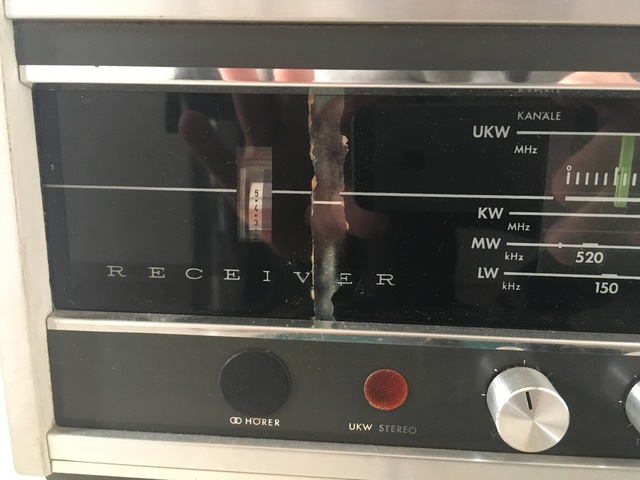 ELAC 8100T