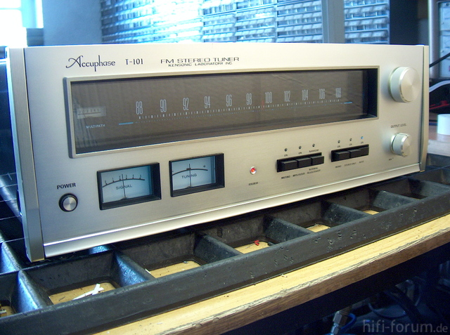 Accuphase T 101 Aus 47839 Krefeld 1