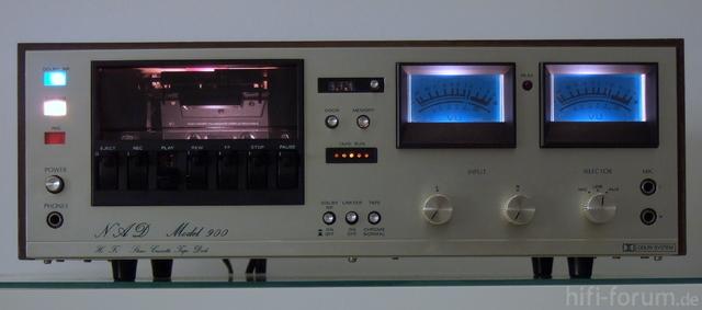 NAD Model 900