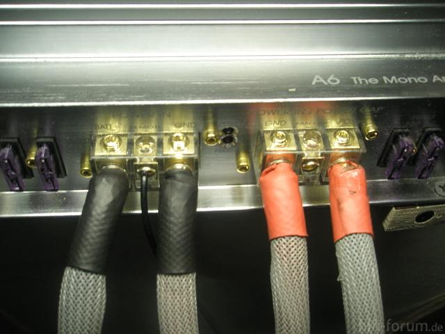 DLS A6 Stromanschlüsse