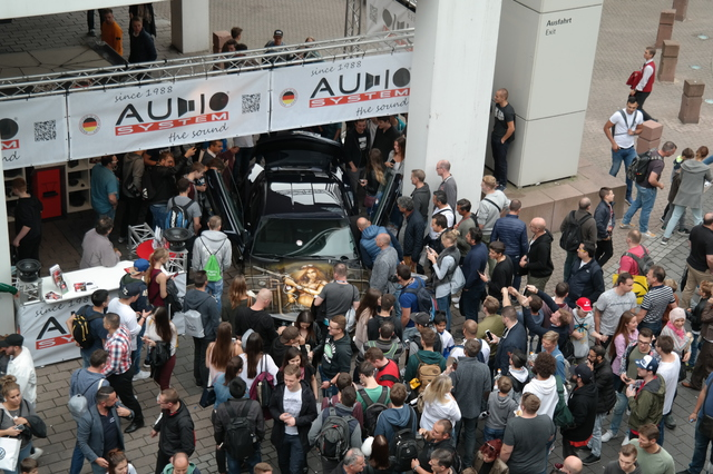 IAA 2017 Audio System Stand