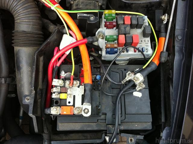 Starterbatterie Im Fiat Stilo Im 70mm² Und 6mm² Fürs Radio