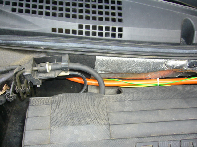 Stromkabelverlegung In Den Innenraum Fiat Stilo