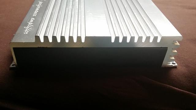Kühlkörper Seite