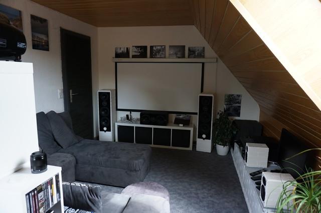 eine spur von rot auf 22 qm allgemeines hifi forum seite 2. Black Bedroom Furniture Sets. Home Design Ideas