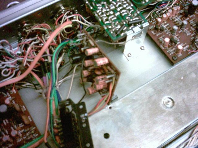 MARANTZ 4240 PowerAmp 08