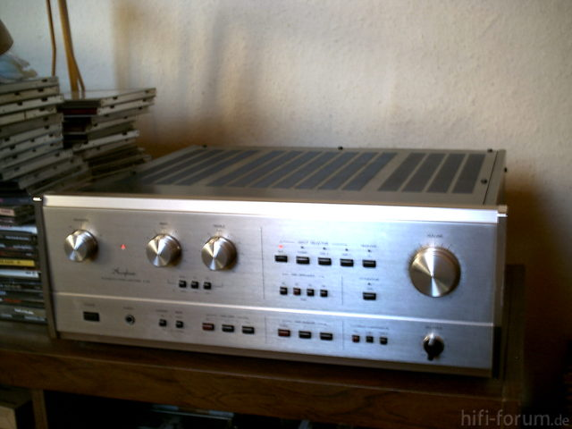 Accuphase E 301